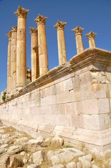 Free Ancient Temple,  Jerash (Jordan) Royalty Free Stock Images - 20919069