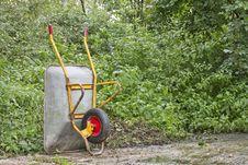 Free Wheelbarrow Royalty Free Stock Photography - 20920637