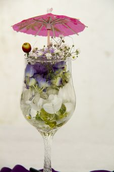 Free Flowers In A Glass Stock Photos - 20923053
