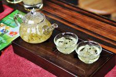 Free Glass Teapot With Jasmine Tea Royalty Free Stock Photos - 20923738
