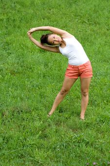 Free Girl Doing Exercises In Park Stock Photo - 20927570