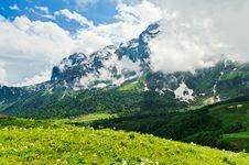 Free Mountain Landscape Royalty Free Stock Photo - 20929005