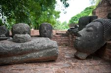 Free Buddha Heads Royalty Free Stock Photos - 20931148