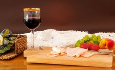 Free Dinner With Ham, Wine And Fruit Royalty Free Stock Photography - 20932957