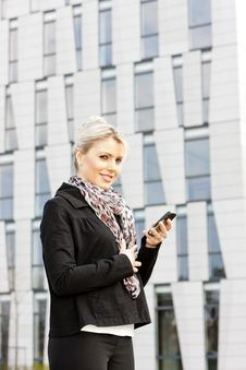 Free Businesswoman With A Mobile Stock Photography - 20933632