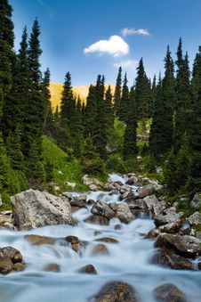 Free Long Exposure Image Of Mountain River Stock Photos - 20934043