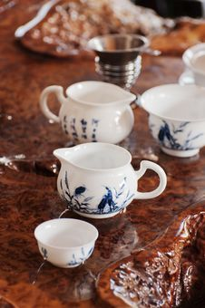 Free Tea Pot And  Teacup Royalty Free Stock Photography - 20937937