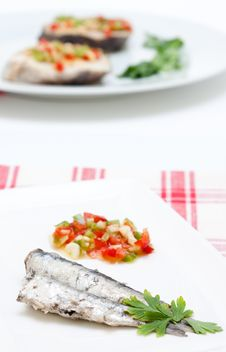 Free Sardines With Parsley And Peppers Royalty Free Stock Photo - 20938035