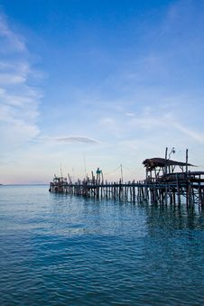 Free Thailand S Fishing Pier Royalty Free Stock Image - 20947026