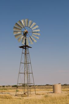 Free Kalahari Windmill Stock Photography - 20947642