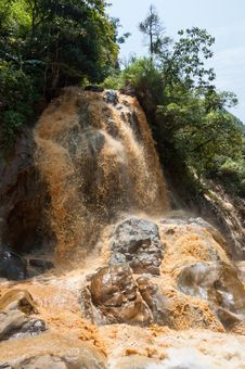 Free Clayey Waterfall Royalty Free Stock Photos - 20951398