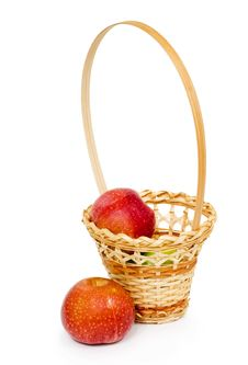 Free Wicker Basket With Apples Stock Image - 20953271