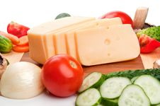 Free Cheese And Fresh Vegetables Royalty Free Stock Images - 20954919
