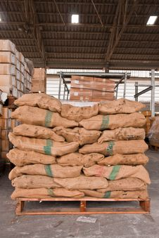 Free Brown Sacks Stack On Pallet Stock Photos - 20956563