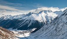 Free Alpine Valley Royalty Free Stock Photos - 20959348