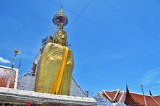 Free Big Golden Buddha Statue In Temple Stock Photography - 20959842