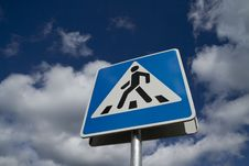 Free Crosswalk Road Sign Stock Photography - 20961812