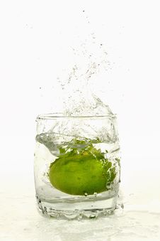 Free Fresh Lime 2 Royalty Free Stock Photo - 20962505