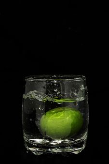 Free Fresh Lime 4 Royalty Free Stock Photos - 20962518