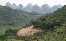 Mountain And Rice Fields Of Yangshuo Royalty Free Stock Photos