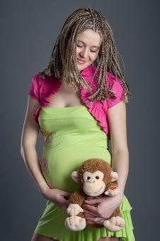 Free Beautiful Pregnant Girl Royalty Free Stock Photos - 20965278