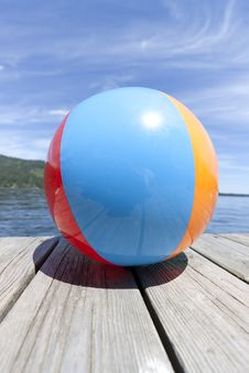 Free Colorful Beachball On A Dock Royalty Free Stock Photo - 20966975