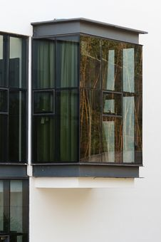 Free Apartment Windows Royalty Free Stock Photography - 20967187