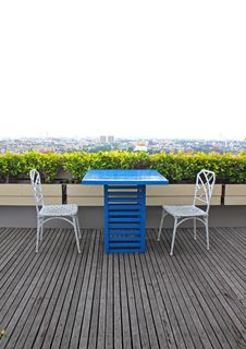 Free Simply Roof Top Restaurant Stock Photo - 20969520