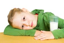 Free Cute Little Girl With A Glass Of Milk Royalty Free Stock Photo - 20969935