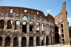Free Front View Of Colosseum Royalty Free Stock Images - 20970149