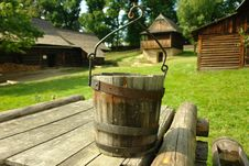 Free Wooden Well Royalty Free Stock Photography - 20970627