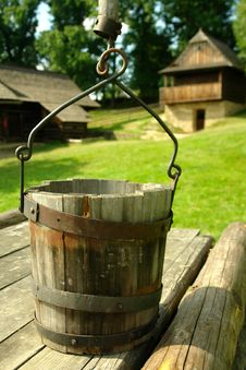 Free Wooden Well Royalty Free Stock Image - 20970646