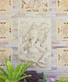Free Indian Or Hindu God Ganesha Avatar Royalty Free Stock Image - 20972596