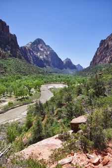 Free River In The Zion Canyon National Park, Utah Stock Images - 20973124