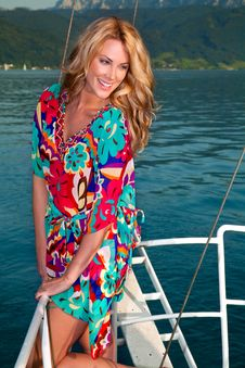 Free Pretty Blong On The Yacht Royalty Free Stock Photography - 20974387