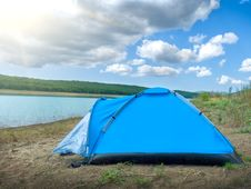 Free Tent By The Lake Stock Image - 20975561