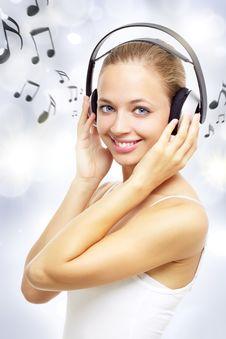 Free Girl Listening To Music Stock Photo - 20975660
