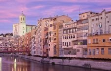 Free Girona S Cathedral And The Colouful Houses Stock Photos - 20975963