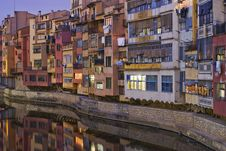 Free Girona And His River Royalty Free Stock Photo - 20976615