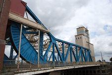 Free Blue Bridge Royalty Free Stock Photos - 20976918