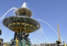 Fountain On The Concorde Square, Paris Royalty Free Stock Images