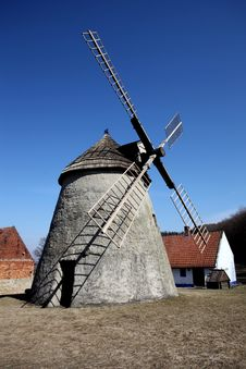 Free Wind Mill Royalty Free Stock Photography - 20979737