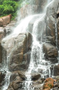 Free A Waterfall Showing Grandeur And Power Royalty Free Stock Photo - 20980335