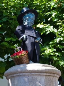 Free Replica Of The Famous Statue Of The Manneken Pis Royalty Free Stock Images - 20981969