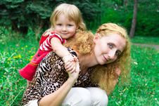 Free Beautiful Girl With Mother In The Meadow Stock Photos - 20982083