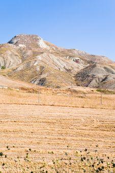 Free Deserted Sicilian Landscape Royalty Free Stock Photography - 20987527