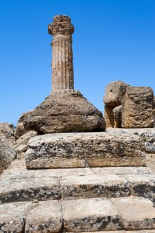 Free Dorian Columnin Valley Of The Temples In Agrigento Stock Photos - 20987533
