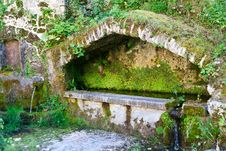 Free Old Fountain Stock Photography - 20989222