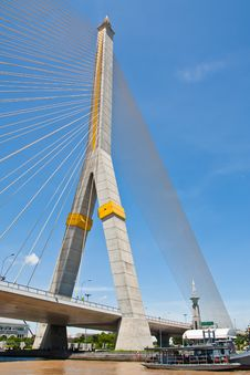 Free Cable Bridge Royalty Free Stock Image - 20989326