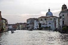 Free Street In Venice Stock Photo - 20991650
